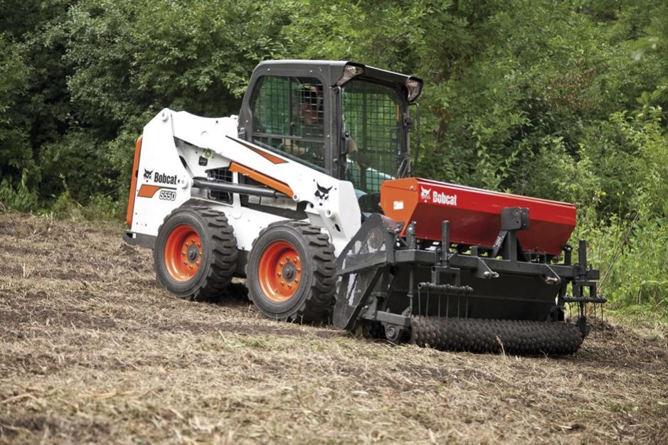 Bobcat S550 Skid-Steer Loader full