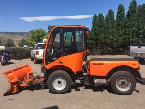Used 2011 HOLDER C480 HOLDER TRACTOR