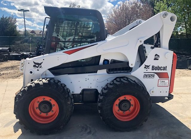 Used 2018 BOBCAT  S850  SKID-STEER LOADER